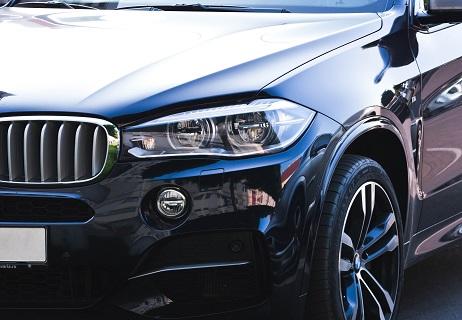 zwarte BMW